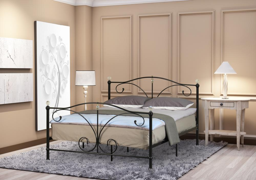 6e6500991c88 3ft 4ft6 or 5ft Metal Bedstead with Crystal Finials In Black or White