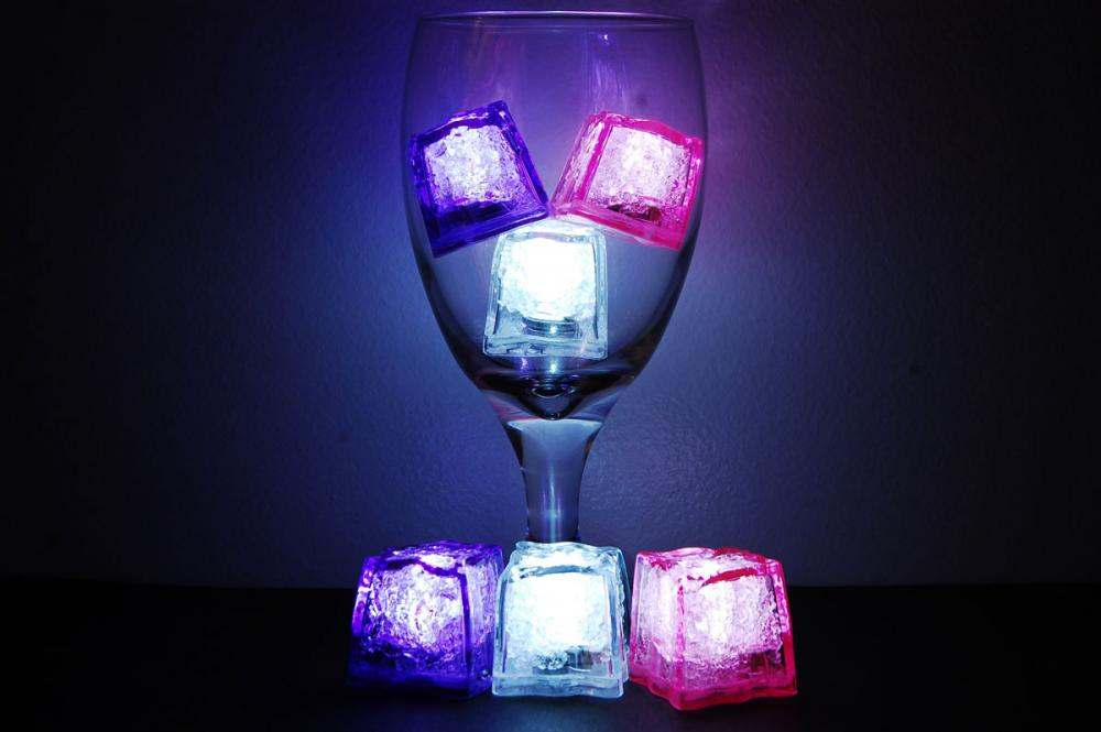 jewel litecubes girls night out pack light up led ice cubes set of 6