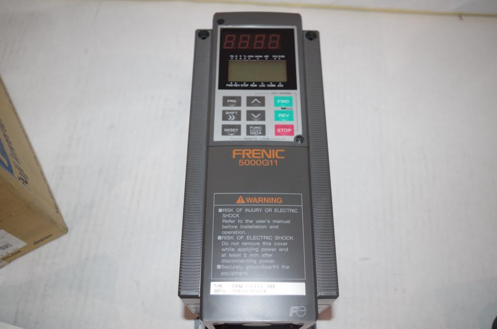 3PHASE  IN//OUT # FRNF50G11S-2UX   #2 FUJI 0.5 HP  VFD  MOTOR DRIVE  230VAC 60HZ