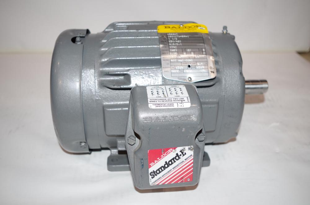 1//2 HP 208-230//460 VOLTS 3 PHASE BALDOR INDUSTRIAL MOTOR VUHM3538 1740 RPM