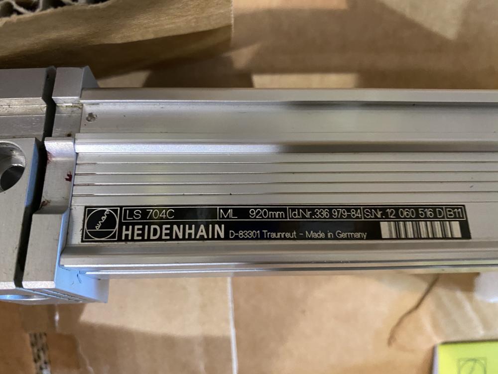 HEIDENHAIN # LS 704C TRAVEL: 920mm GLASS SCALE LINEAR