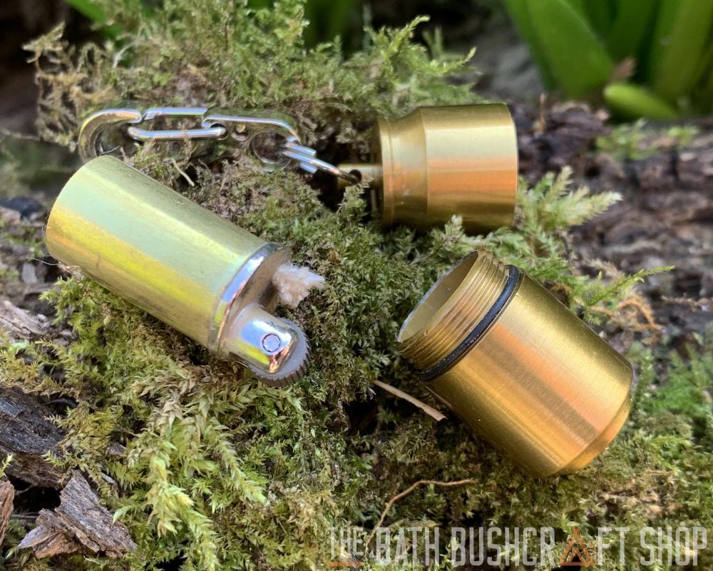 Nano D/'Urgence Porte-clés Peanut capsule Briquet Bushcraft Survie EDC Scouts